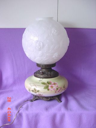 Vintage White Embossed Shade &hand Painted Base Gone With The Wind Lamp 2 Lites photo