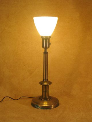 Vtg 50s 60s Brass Lamp With White Milk Glass Shade 22