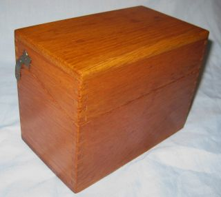 Vintage Wooden Recipe 3 X 5 Recipe File Box W / Old Index Cards photo