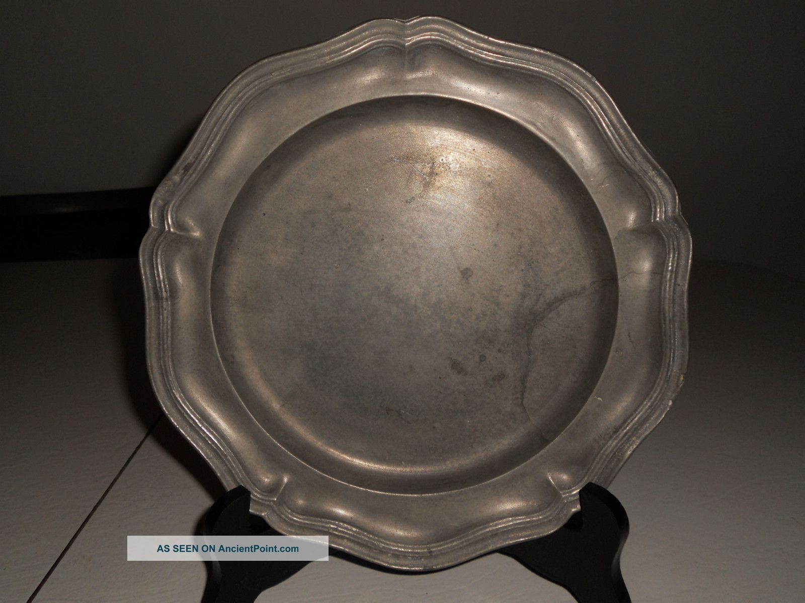 Antique London Pewter Plate,  Nr Metalware photo