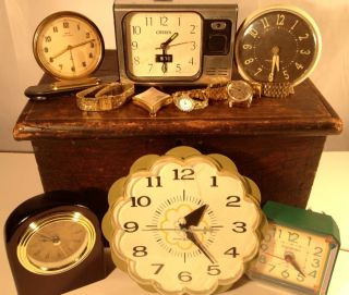 10 Antique Vintage Alarm Clocks,  Mechanical Wristwatches,  Pocketwatch. photo