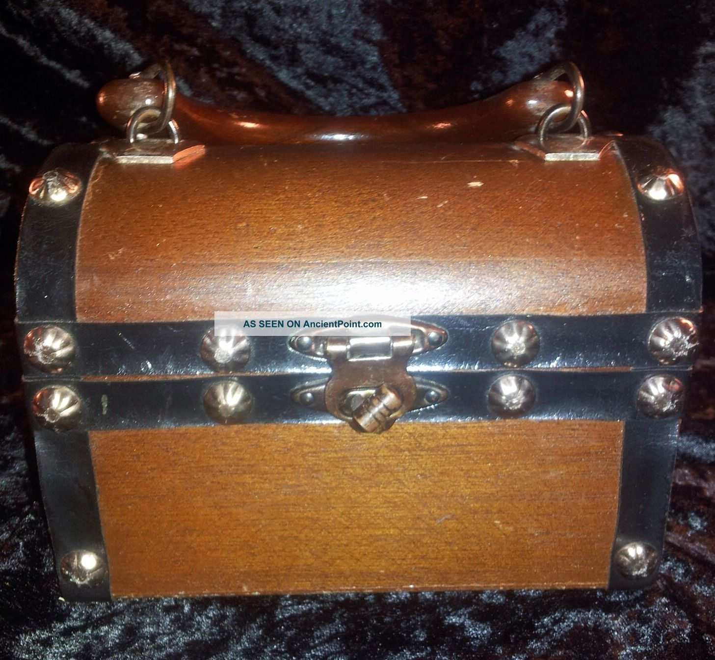 Vintage Antique Wooden Lined Studded Handle Box 6
