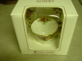 Royal Albert Tea Cup And Saucer Old Country Roses Fine English Porcelain photo