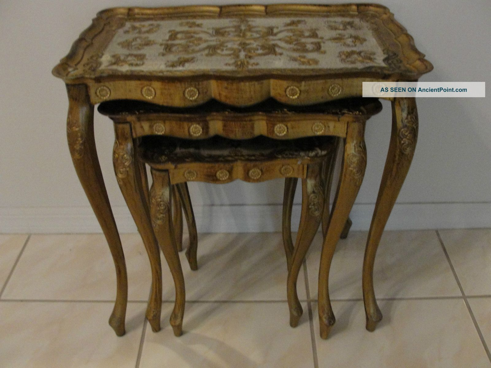 3 Vintage Italian Florentine Toleware Stacking Nesting Tables Italy 3 Gold