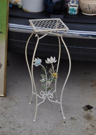 Italian Tole Toleware Stand —,  Rare — To Die For — Flowers Table Wow photo