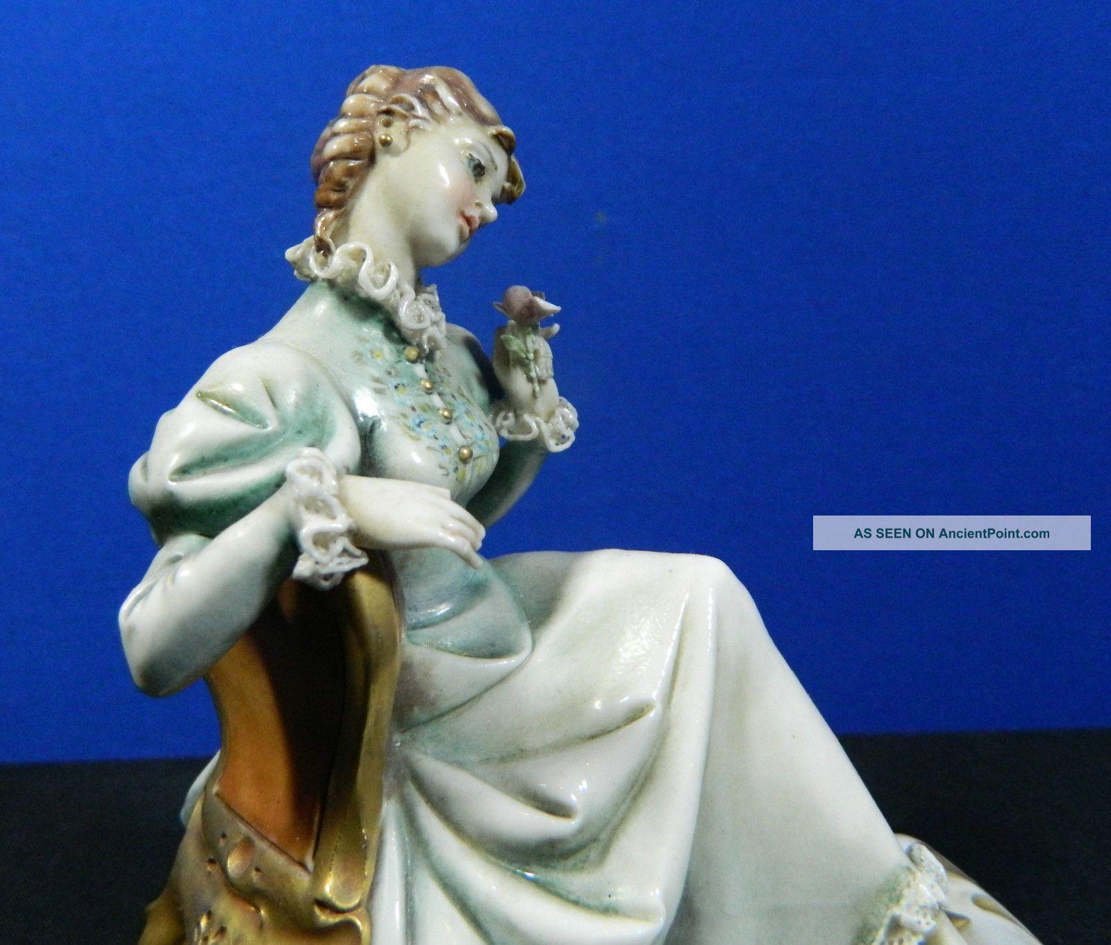 Borsato Hand Painted Porcelain Figurine Italy Vintage Lady