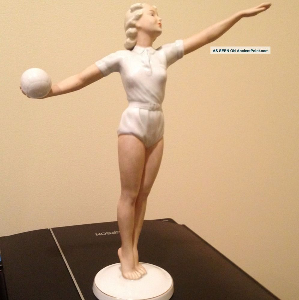 87368 Stunning schaubach kunst volleyball girl figurine on home styles furniture