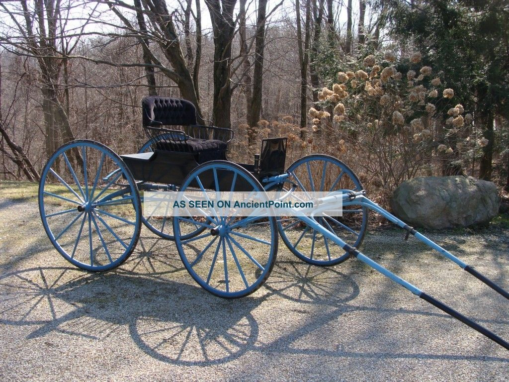 Antique Horse Drawn Carriage Spindle Seat Runabout Buggy Primitives photo