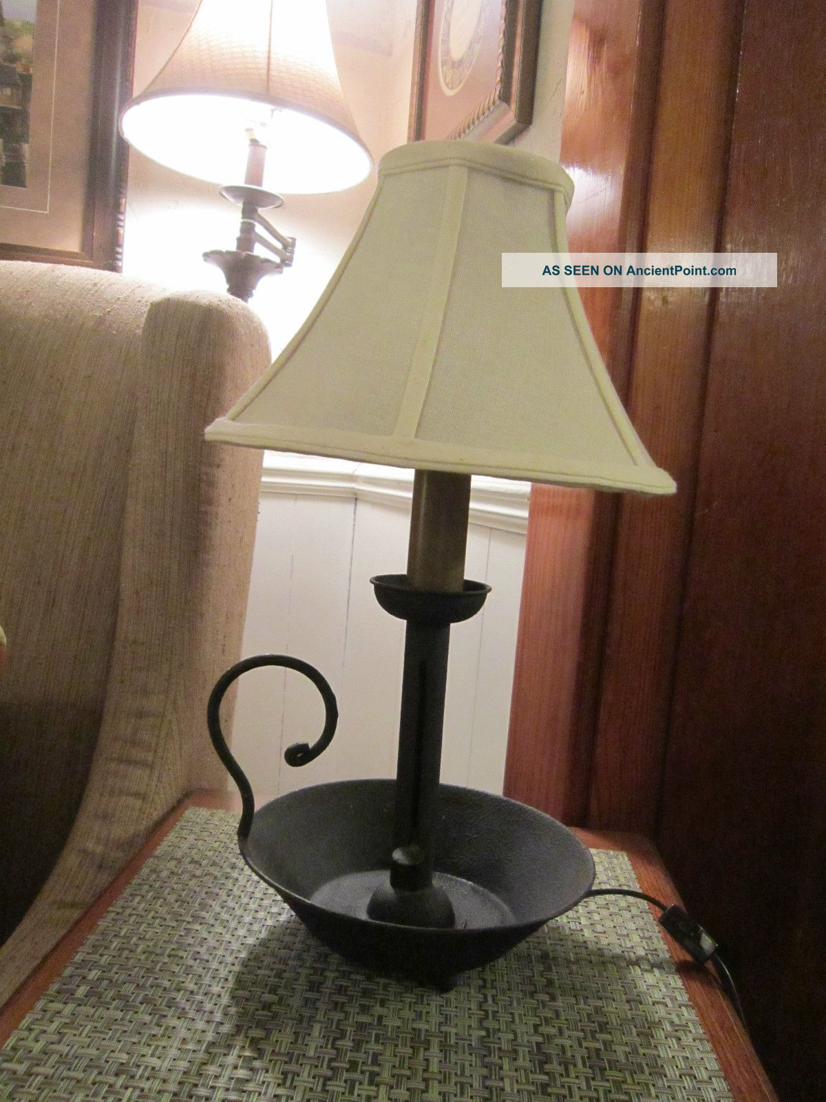 Hog Scraper Style Candle Stick Lamp (with Shade And Bulb Included) Primitives photo