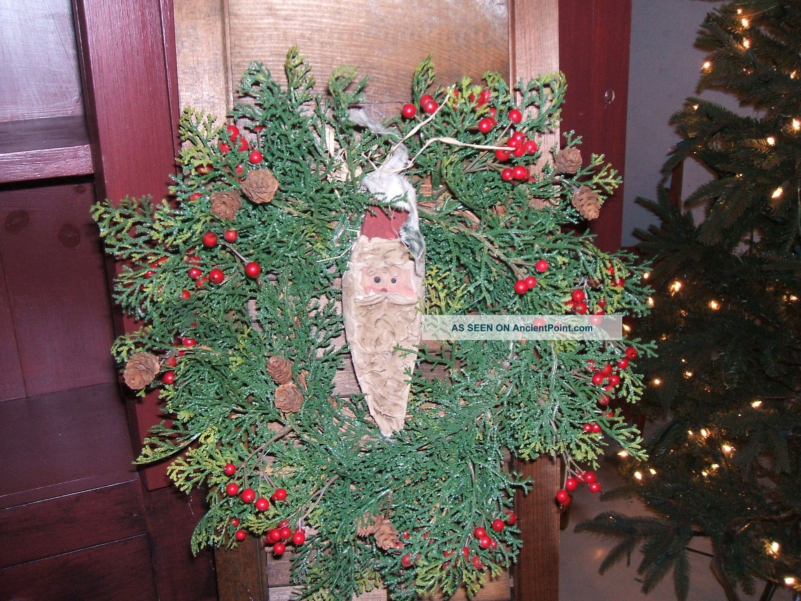 Primitive Country Christmas Decor Wooden Shutter Wreath Santa Winter