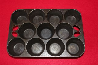 Vintage Cast Iron 10 Gem Pop Over Muffin Pan Marked