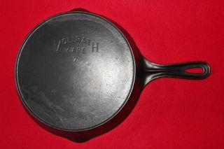 Vintage Volrath Ware No.  7 Cast Iron Skillet W/ Heat Ring Sheboygan Wi.  U.  S.  A. photo