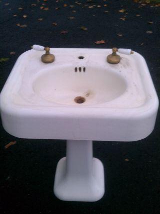 Standard Sanitary Manufacturing Company Cast Iron Bathroom Sink photo