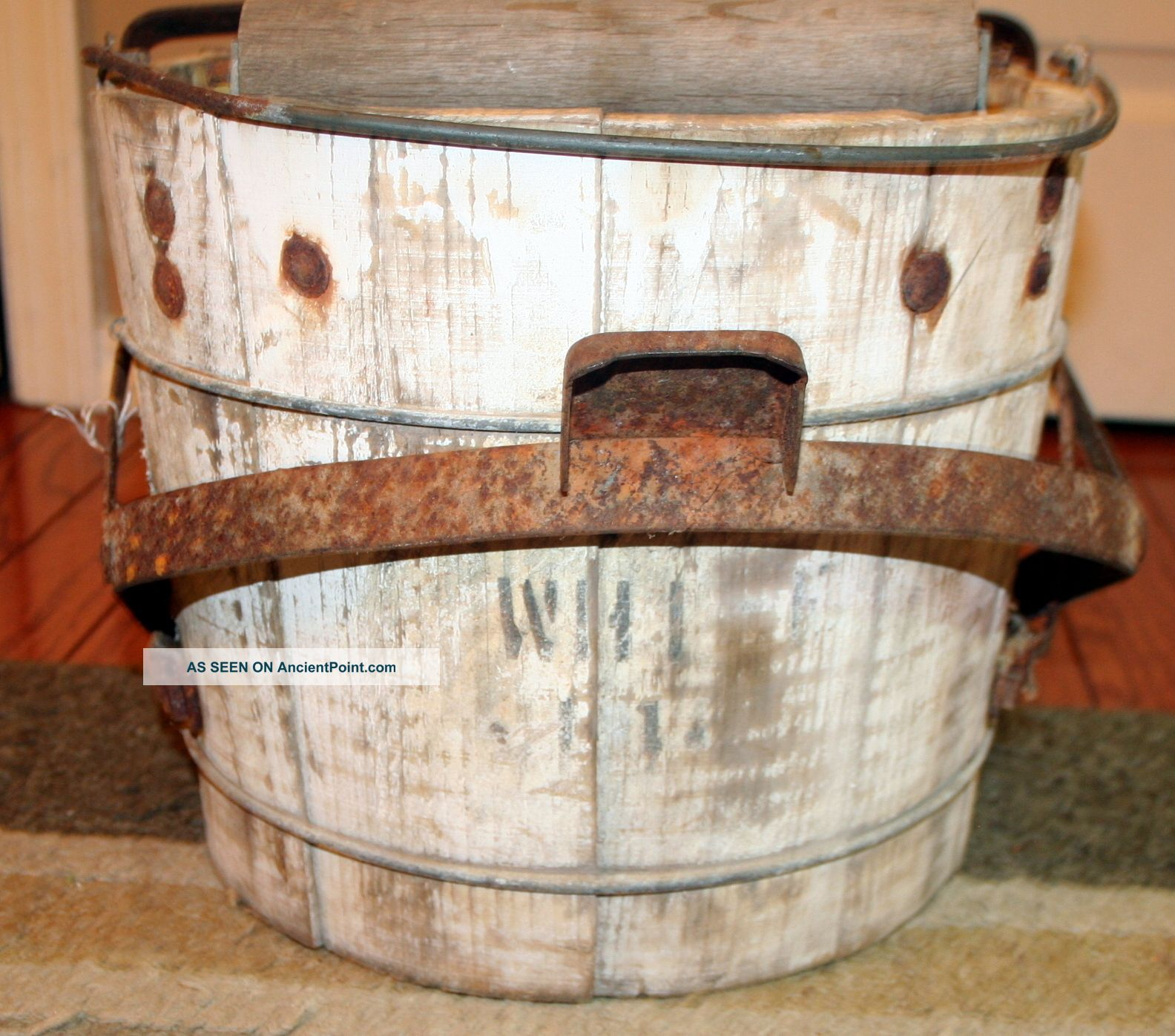 Vintage Wood White Mop Bucket Wood Wringer Old Primitive Farm Tool Décor Primitives photo