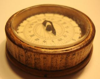 Victorian Gentlemans Pocket Sundial Compass photo