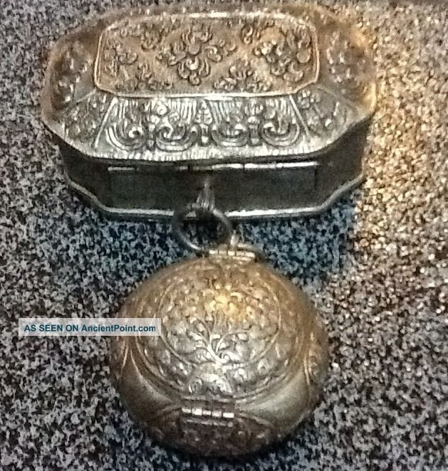 Hand Crafted Old Silver Jewellery Boxes With Exquisite Patterns. Boxes photo