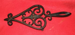 Vintage J.  Z.  H.  1952 Teardrop Cast Iron Trivet T - 18 Very photo