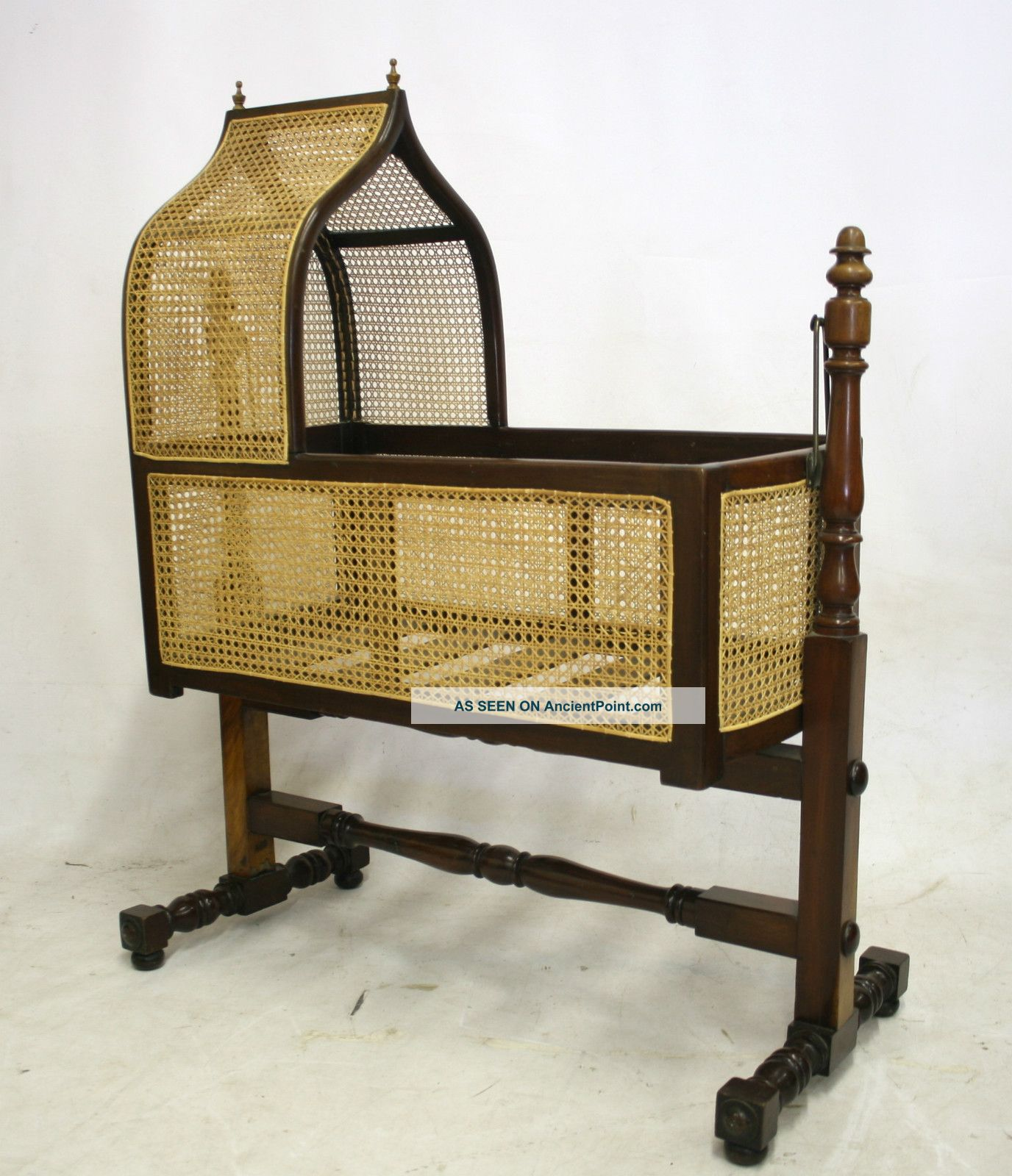 Furniture - Beds & Bedroom Sets | Antiques Browser