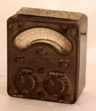 Avometer Universal Model 8 Voltage Meter Vintage Antique Bakelite England Dc Ac photo