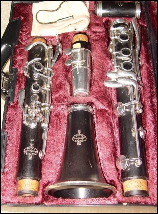 Buffet Crampon E - 11 B Flat Clarinet All Is Silver Plated L@@k photo