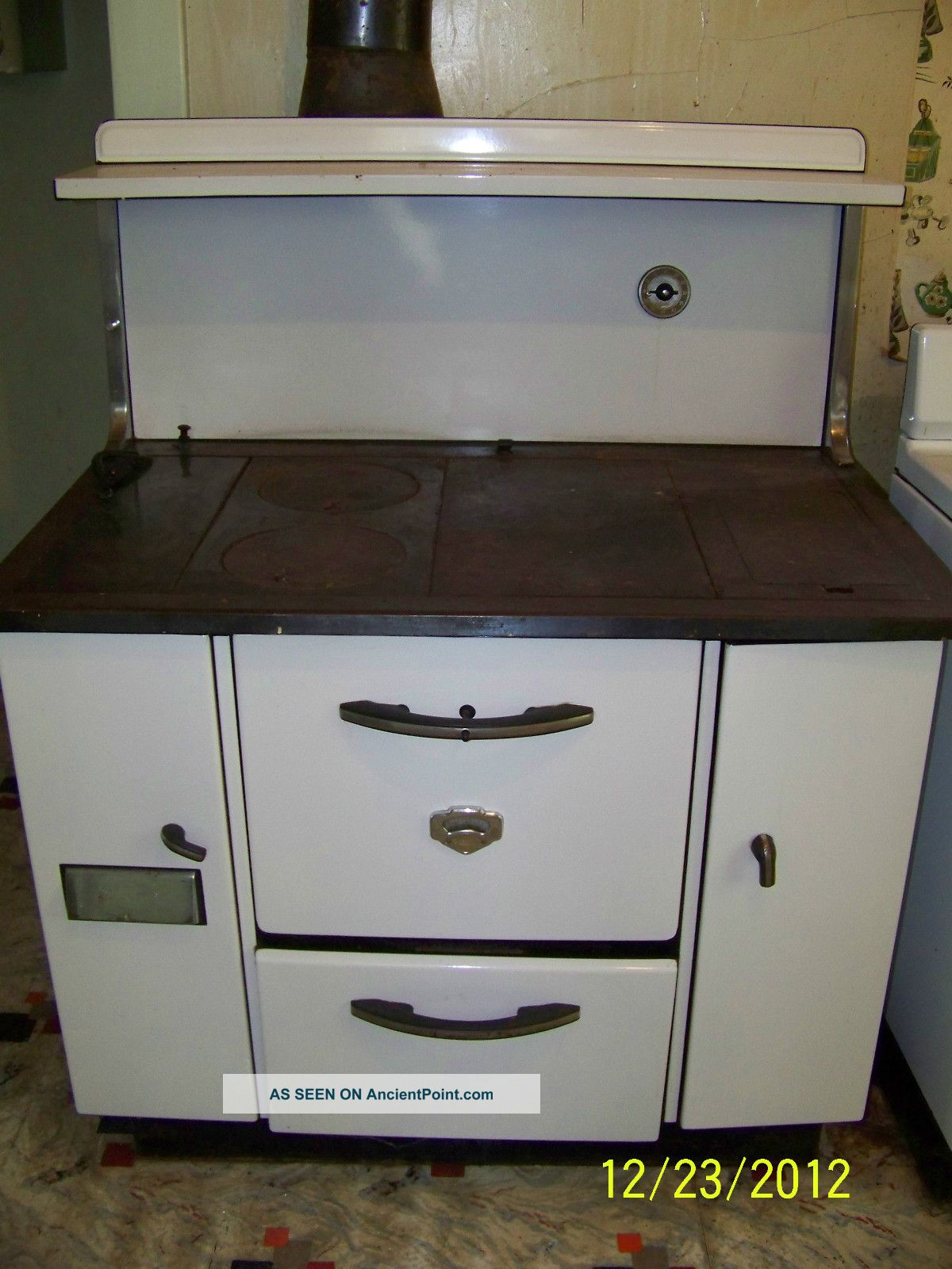 Antique Monarch Cook Stove Lgw on Point Electric Ranges