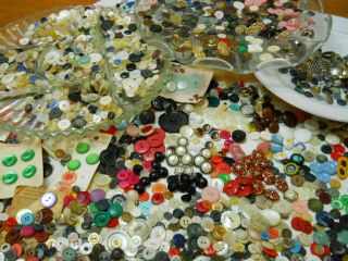 Huge Lot Vintage Buttons Glass Silver Quarter Metal Wood Antique Rare Military photo