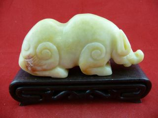 Chinese Classical Hand Carved Old Jade Beast Statue /551 photo