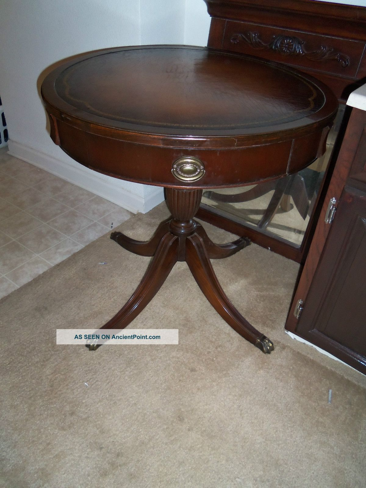 Amazing Antique Drum Table with Claw Feet 1200 x 1600 · 280 kB · jpeg