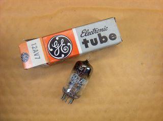 Vtg Ge Vacuum Electron 12av7 Ham Radio Tv Cb Amp Phono Tube Made In Usa Nos (b) photo