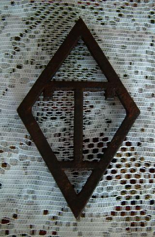 Antique Or Vintage Cast Iron Trivet - Diamond Shaped Wirh A