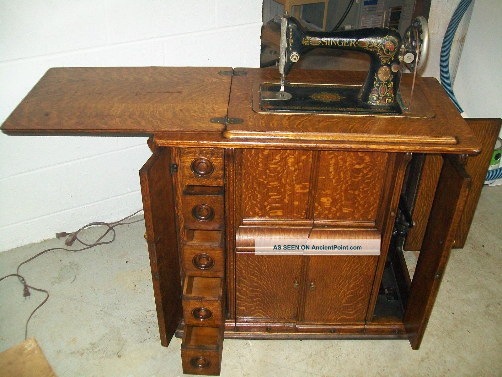 1920 Singer Sewing Machine And Parlor Cabinet,  Model 66,  Antique,  Vintage Sewing Machines photo