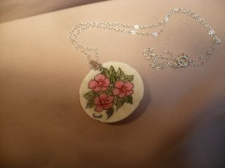 Scrimshaw Cow Bone Sand Dollar Pendant Beach Roses photo