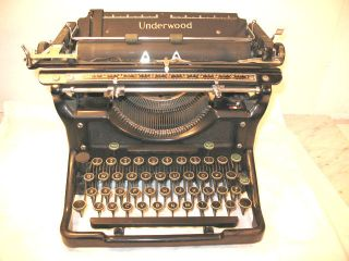 Antique Vintage 1935 Underwood Champion Typewriter No.  6 photo