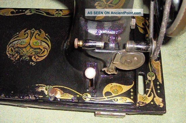 Treadle Sewing Machine Head With Bobbin
