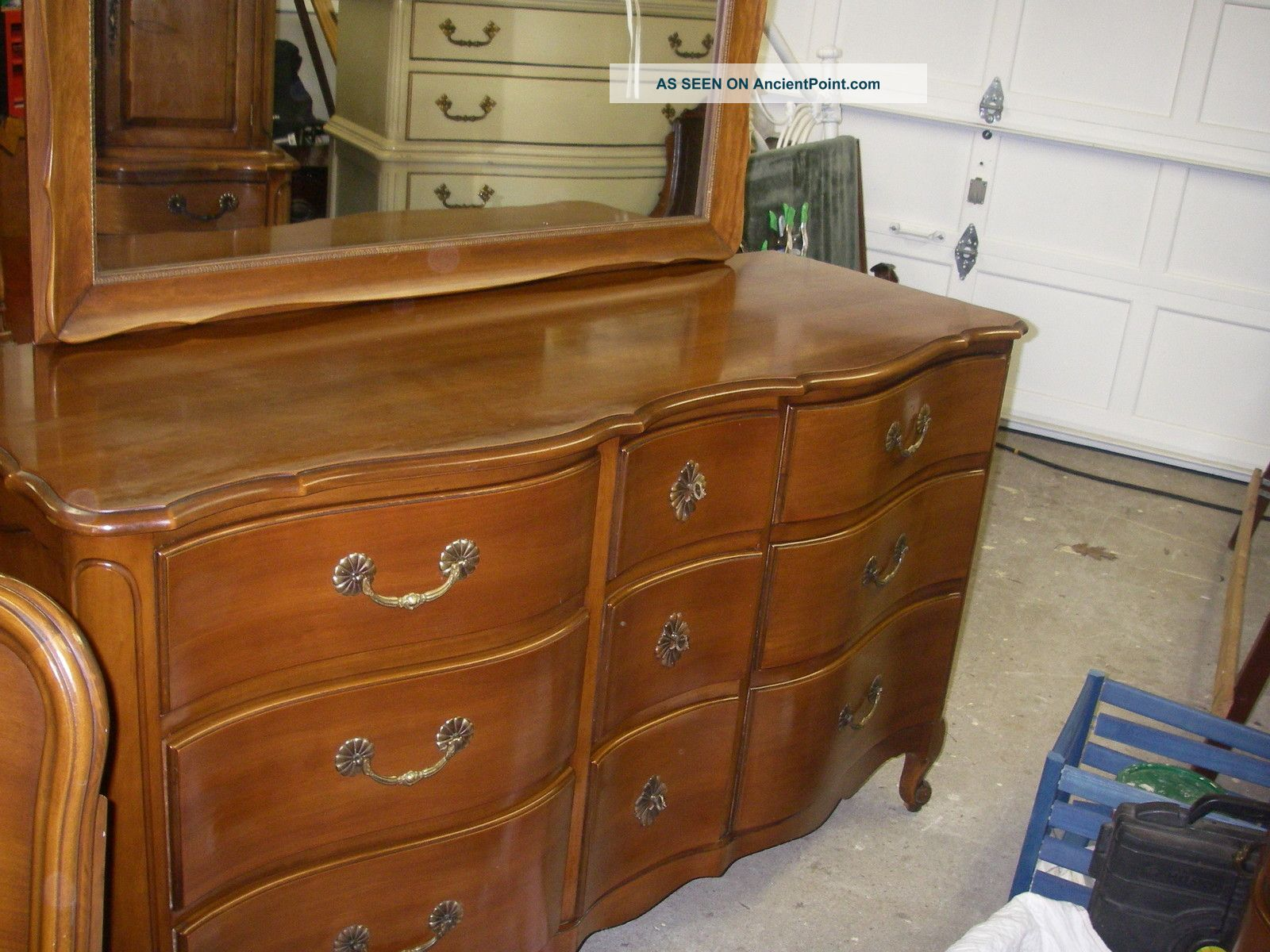 Vintage French Provincial Triple Dresser Mirror Chest Of Drawers
