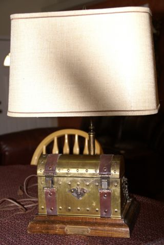 Antique Cap.  David Babcock Clipper Ship Young America 1853 Lamp photo
