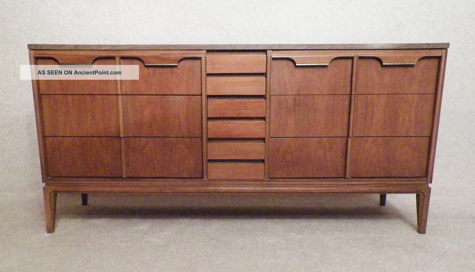 Magnificent Mid Century Modern Furniture Dresser 1600 x 918 · 259 kB · jpeg