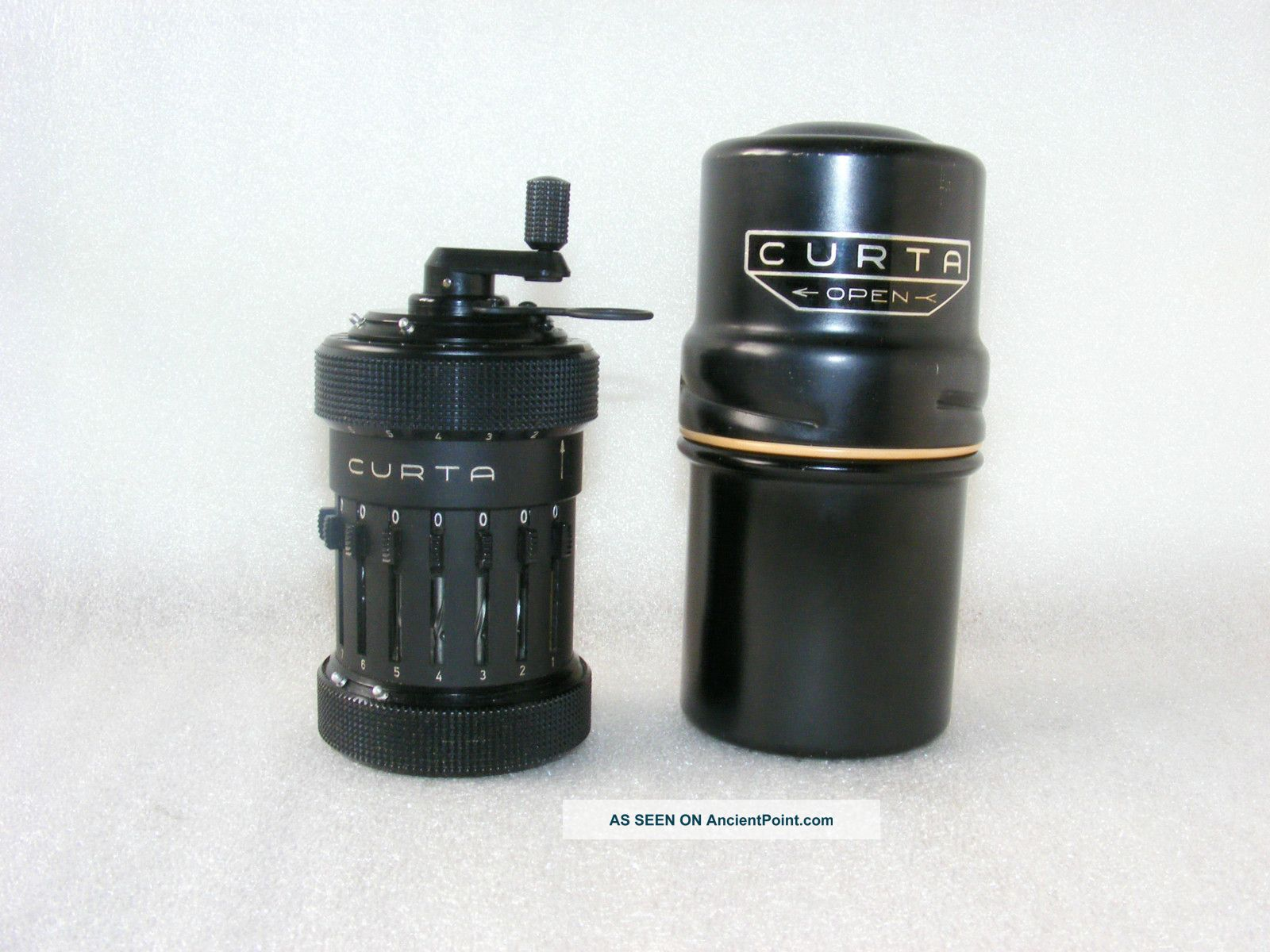CURTA CALCULATOR TYPE I photo