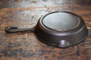 Vintage 1930 ' S - 1950 ' S Black Cast Iron 6.  5 Inch Skillet W/ Heat Ring Excellent photo