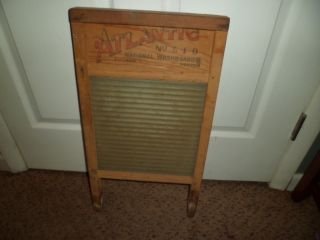 Atlantic /national Washboard No.  510 Glass Chicago Memphis Saginaw 12.  5