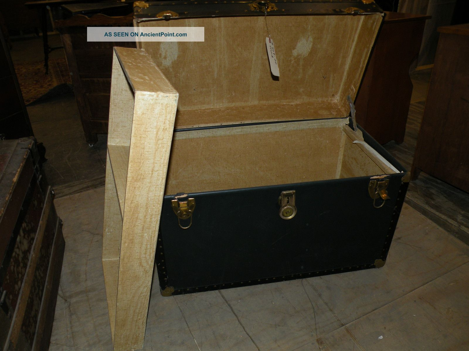 Antique Flat Top Steamer Travel Railroad Trunk Storage Chest With Inserts 1900-1950 photo