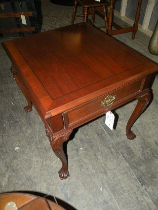 Pennsylvania House Queen Anne Leg End Side Table Ball & Claw Feet photo