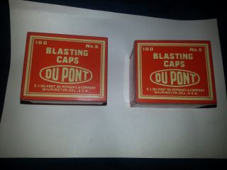 1 (one) Vtg Red Tin Dupont No.  6 Miners Blasting Mining Caps Tin photo