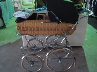 Stunning Vintage Pergo Wicker Pram Pristine Condition Made In Italy photo