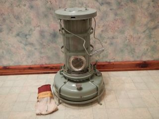 Vintage Aladdin Blue Flame 1960 Kerosene Heater Stove Exc photo