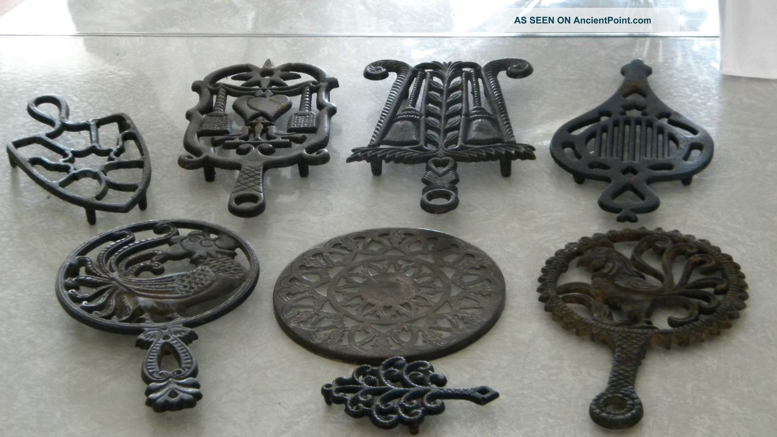 how to clean cast iron trivets