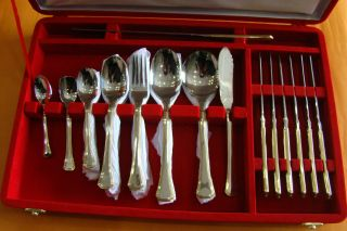 32 Pieces Of Gold Edge Set Ofstainles Steel Spoons Diamond Set By Gohaar Richard photo