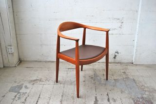 Hans Wegner - The Chair - Mid - Century Danish Modern - 2 Of 2 Available photo