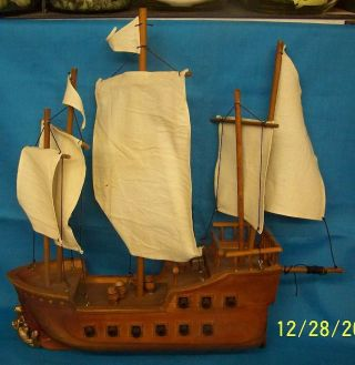 Model Ship Wooden Wood Boat Cannons Barrels Chest Stitch Canvas Maritime Free S photo
