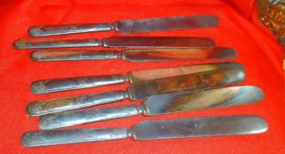 Vintage 6+1 Blunt Dinner Knives Silver Plate Flower Design Handles Unmarked photo